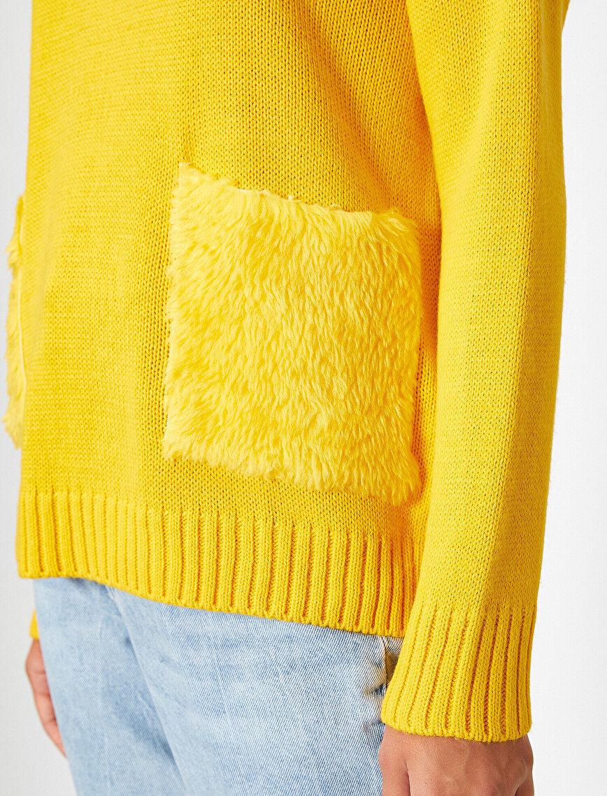 Turtle Neck Long Sleeve Pocket Detailed Sweater