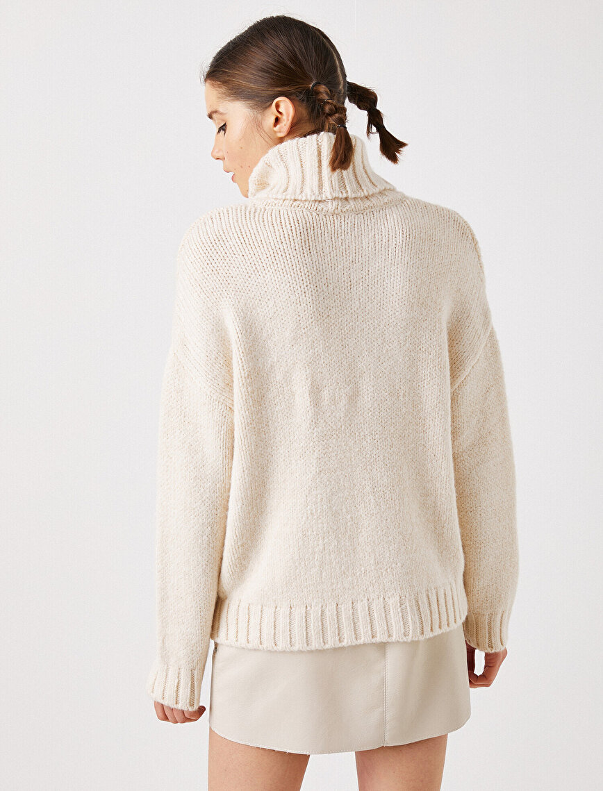 Turtle Neck Long Sleeve Sweater