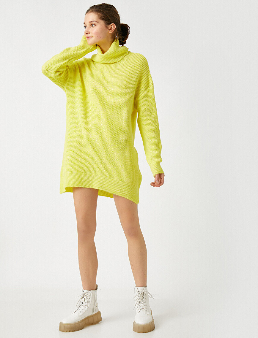 Turtle Neck Long Sweater