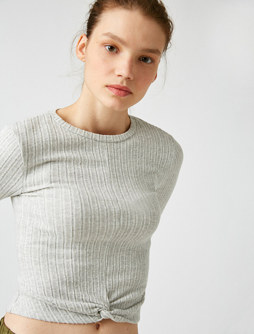 Crew Neck Knot Detailed Sweater