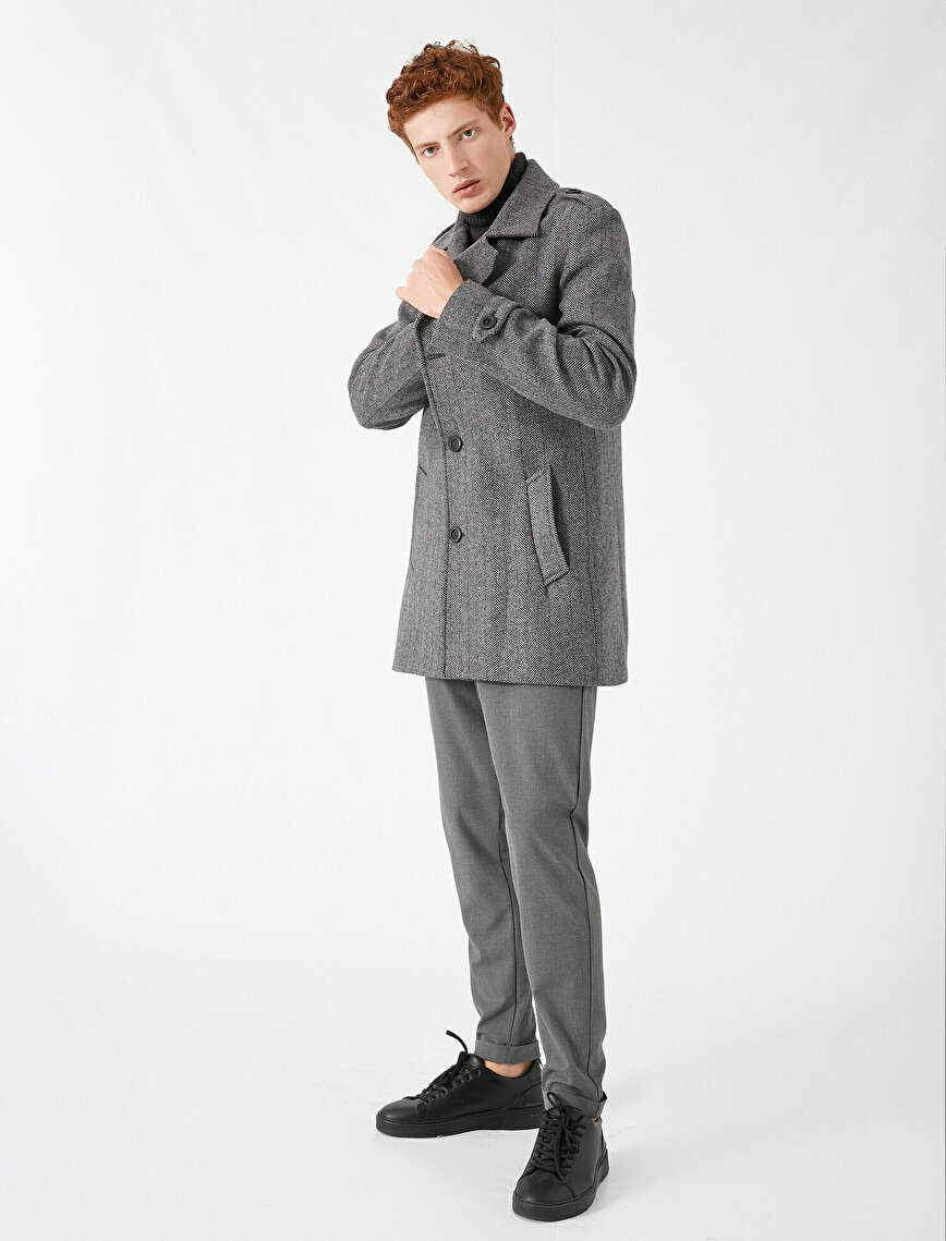 Pocket Detailed Button Coat