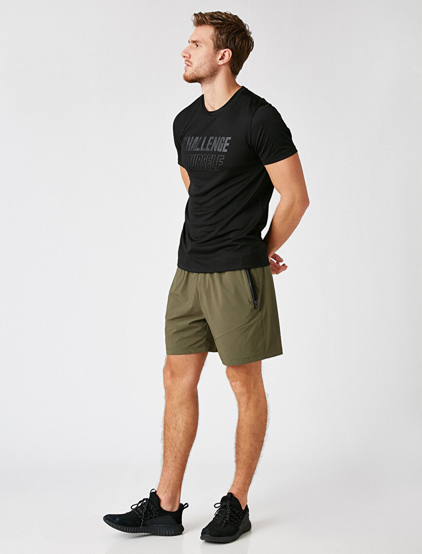 Zipper Detailed Pocket Detailed Shorts