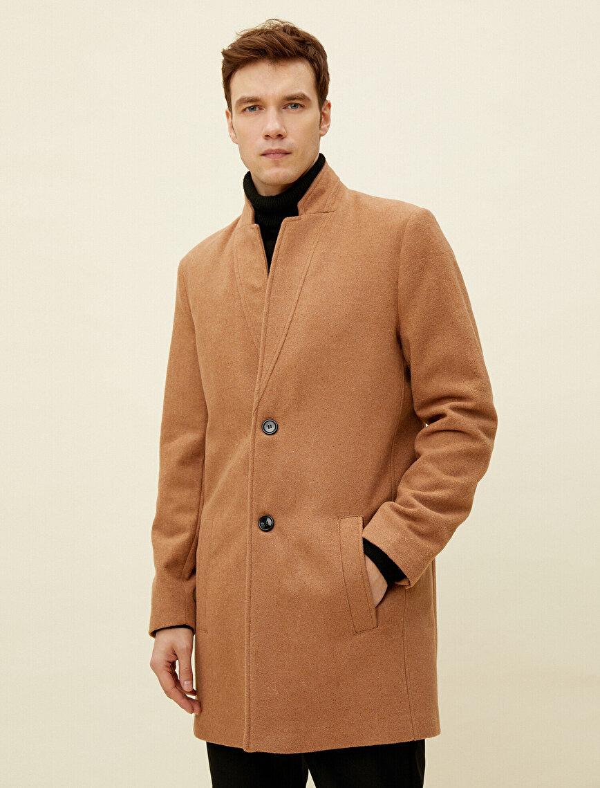 Button Pocket Detailed Coat