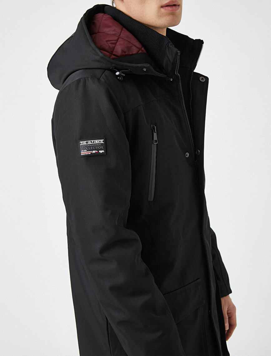 Hooded Pocket Zipper Detailed Coat
