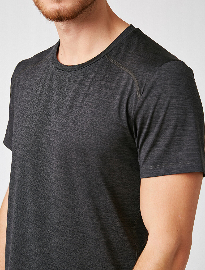 Short Sleeve Crew Neck Basic T-Shirt