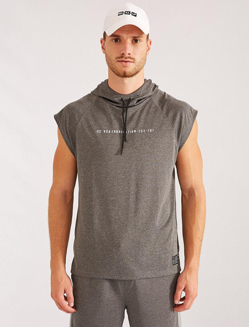 Kolsuz Kapüşonlu Yazılı Baskılı Sweatshirt