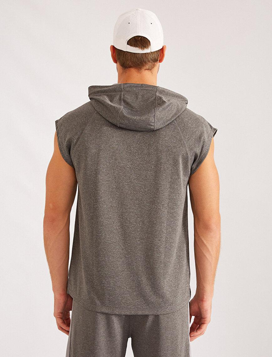 Sleeveless Hooded Letter Printed Sweatshirt