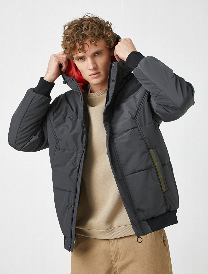 Stand Neck Hooded Zipper Coat