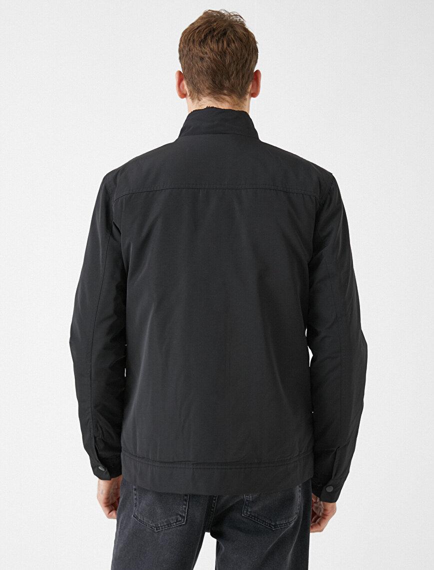 Stand Neck Zipper Detailed Pocket Detailed Coat