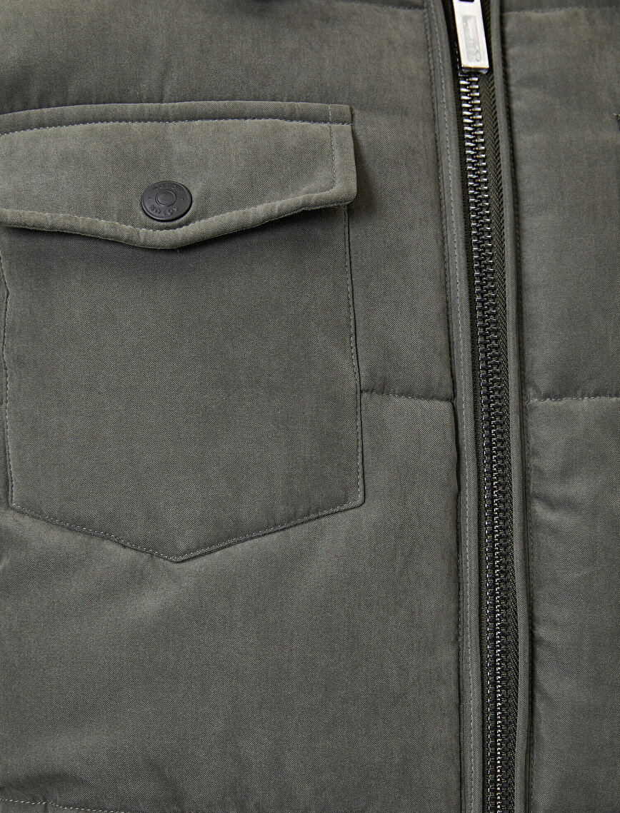 Pocket Zipper Detailed Coat