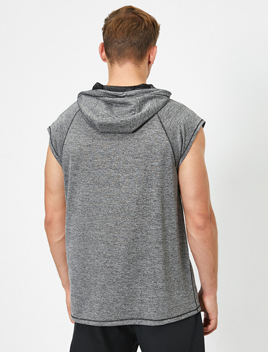 Hooded Sleeveless Sweatshirt