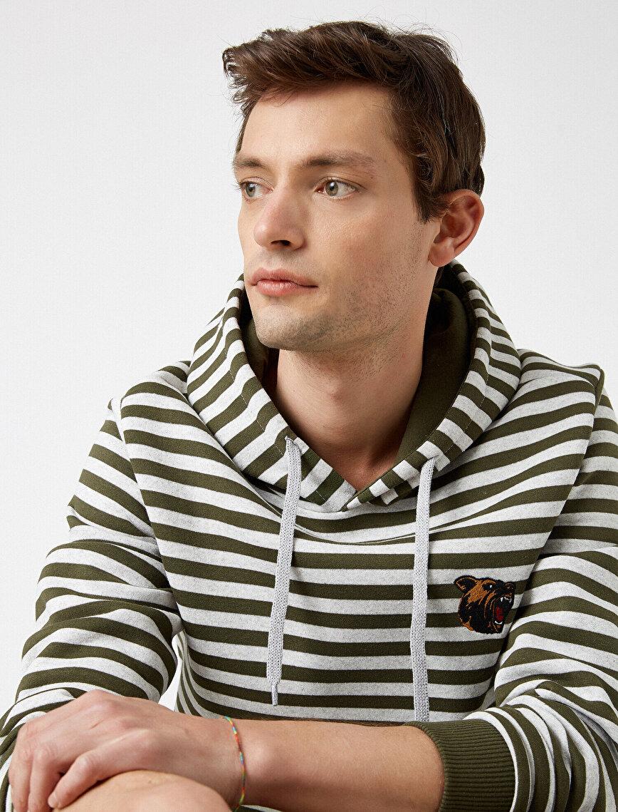 Baskılı Kapüşonlu Uzun Kollu Sweatshirt