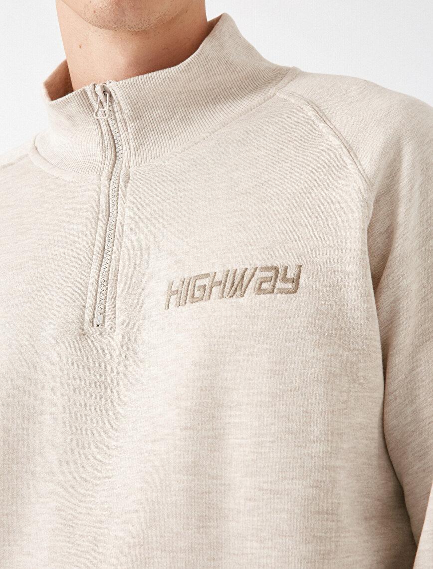 Uzun Kollu Fermuar Detaylı Sweatshirt