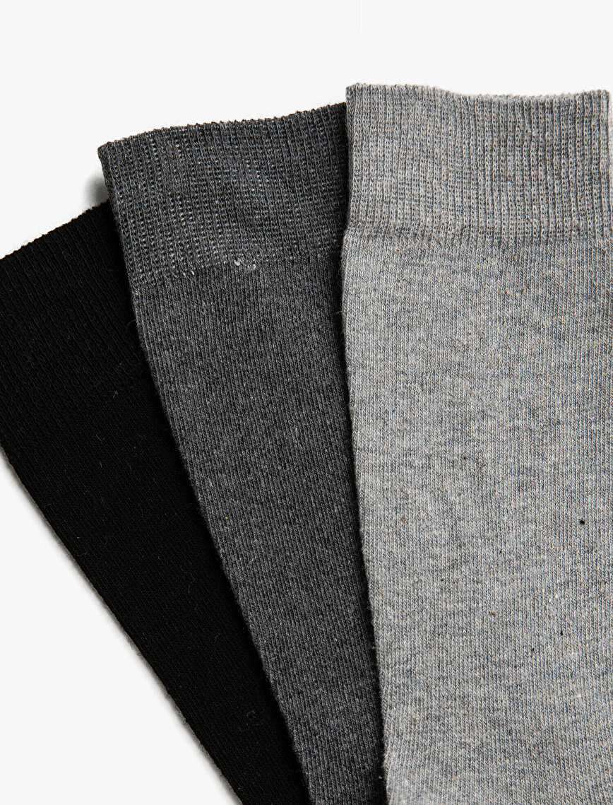 Man 3 Pieces Cotton Basic Socks Set