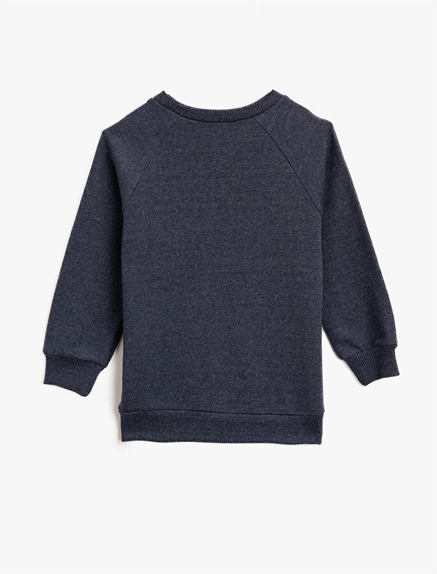 Batman Lisanslı İşlemeli Uzun Kollu Sweatshirt