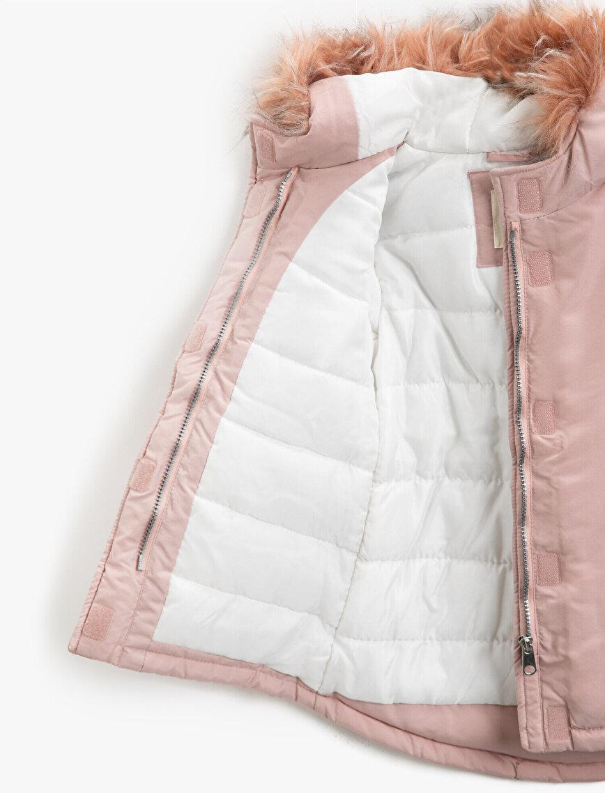 Hooded Faux Fur Letter Printed Pocket Detailed Coar