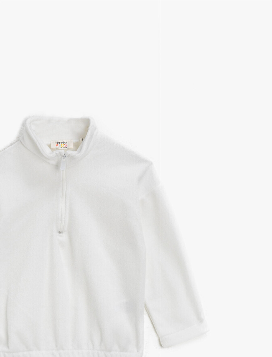 Dik Yaka Fermuarlı Basic Sweatshirt