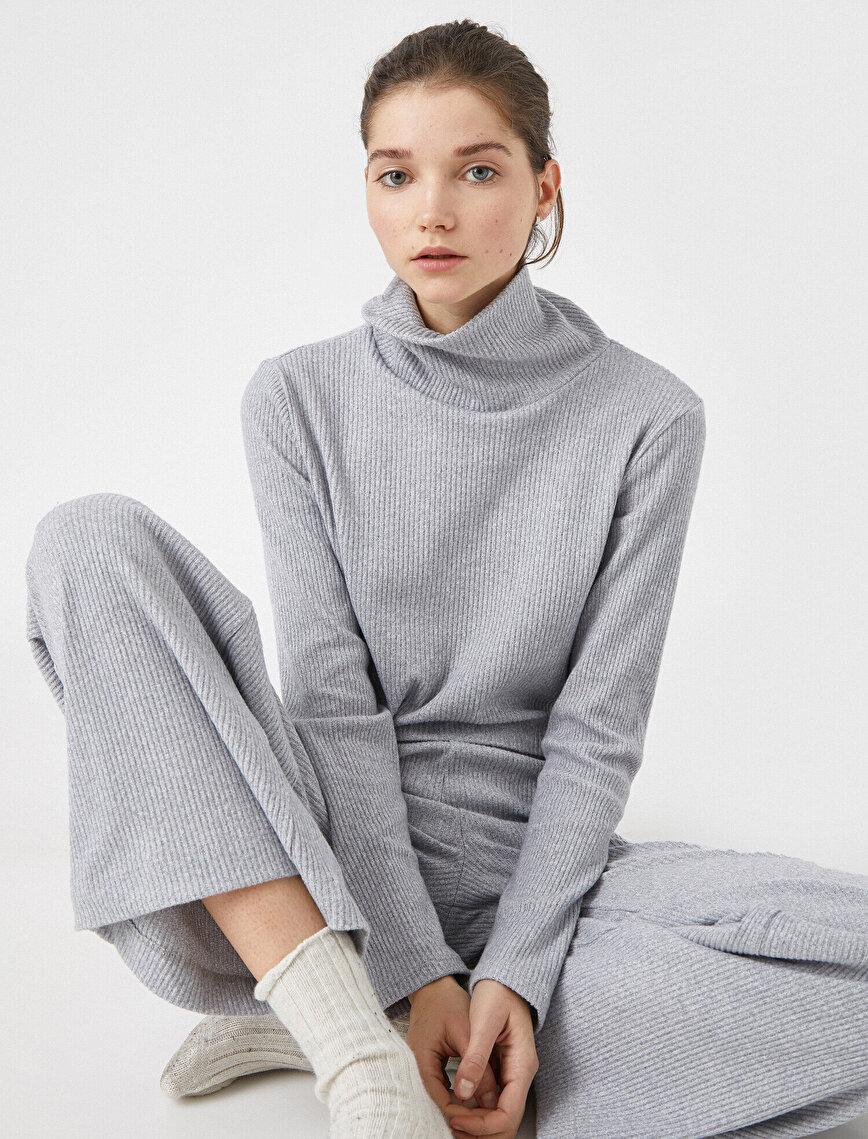 Boğazlı Uzun Kollu Pijama Üstü