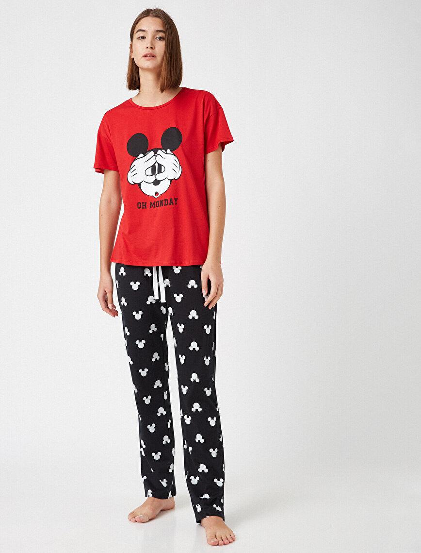 %100 Pamuk Disney Lisanslı Baskılı Pijama Takımı