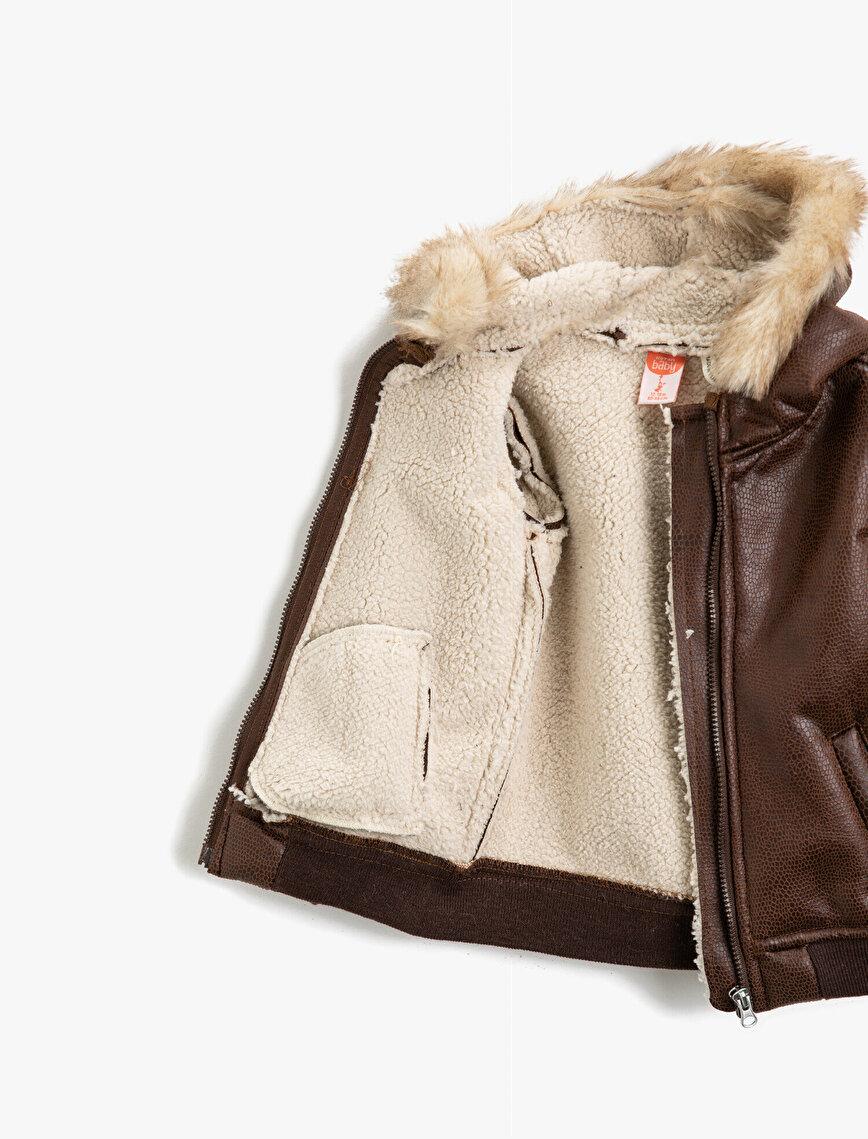 Kapüşonlu Fermuarlı Suni Deri Ceket