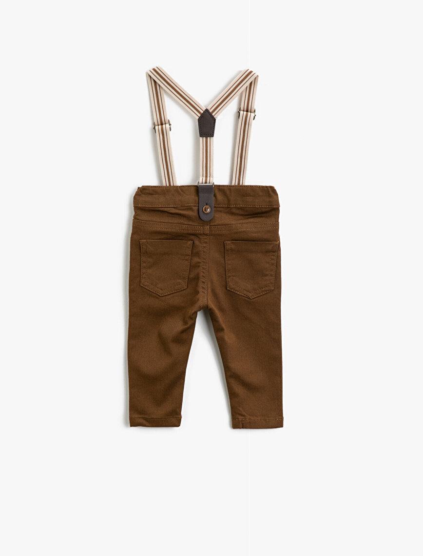 Medium Rise Pocket Detailed Trousers