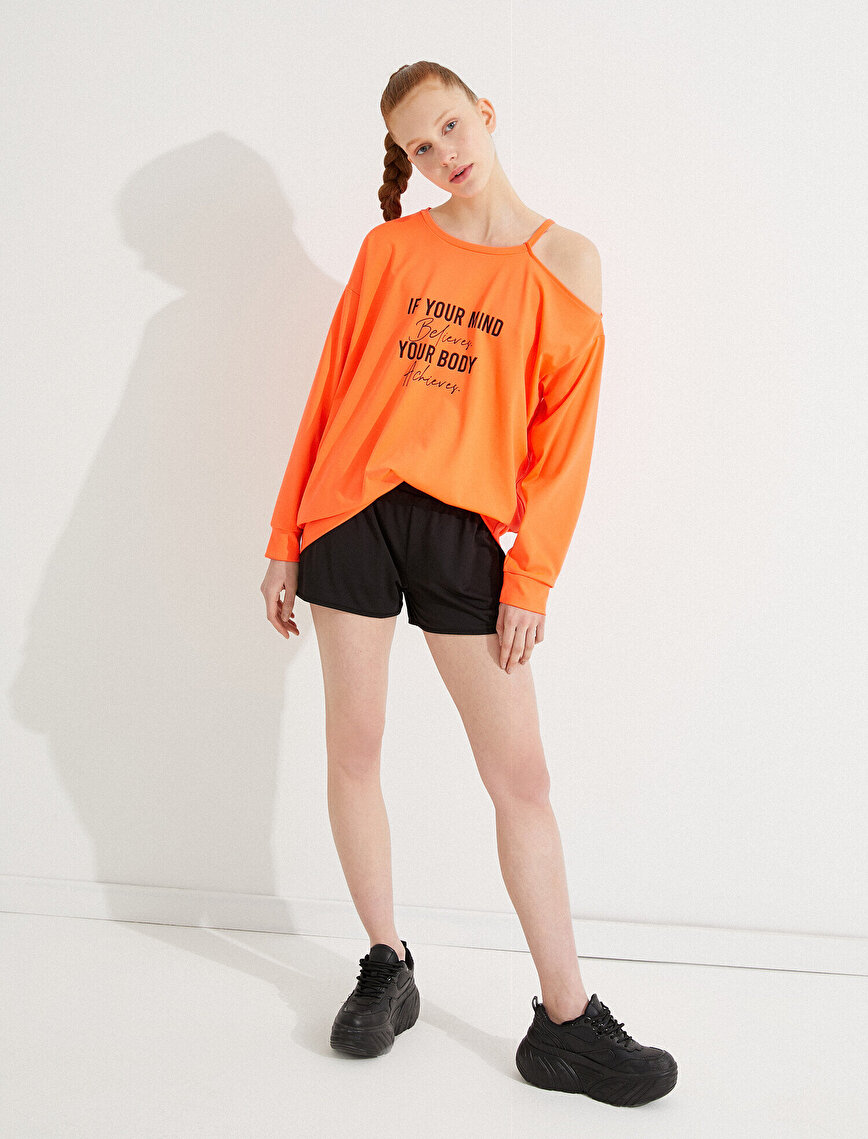 Off Shoulder Sweatshirt Slogan Detailed Crew Neck