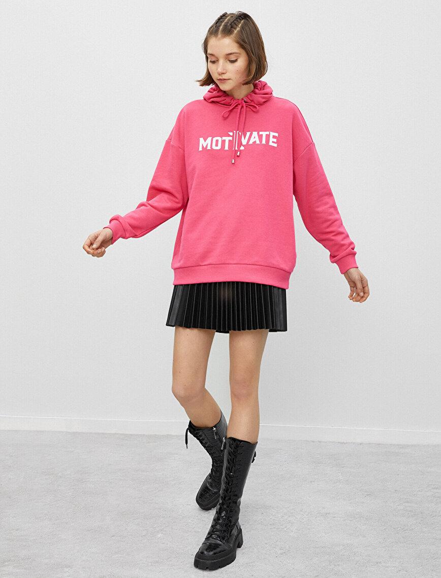 Pamuklu Kapüşonlu Yazılı Baskılı Sweatshirt Oversize