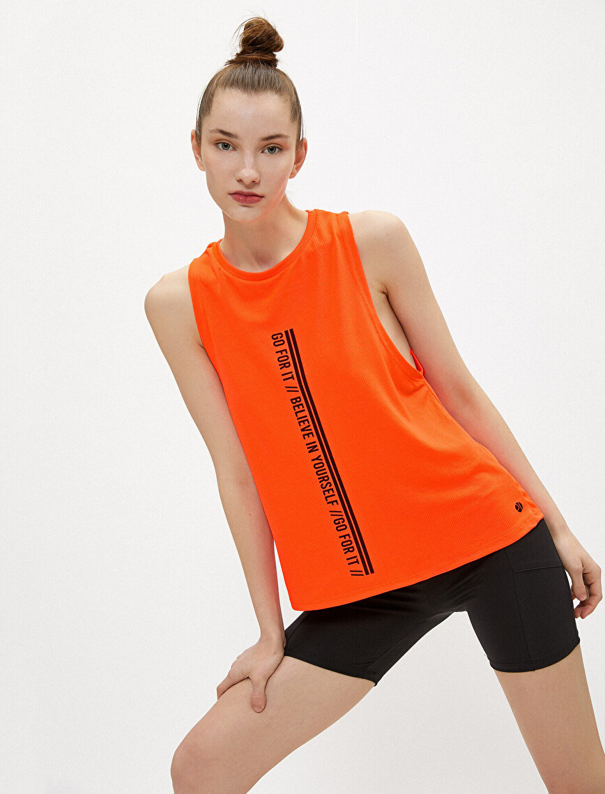 Slogan Sports Tanktop Halter Neck
