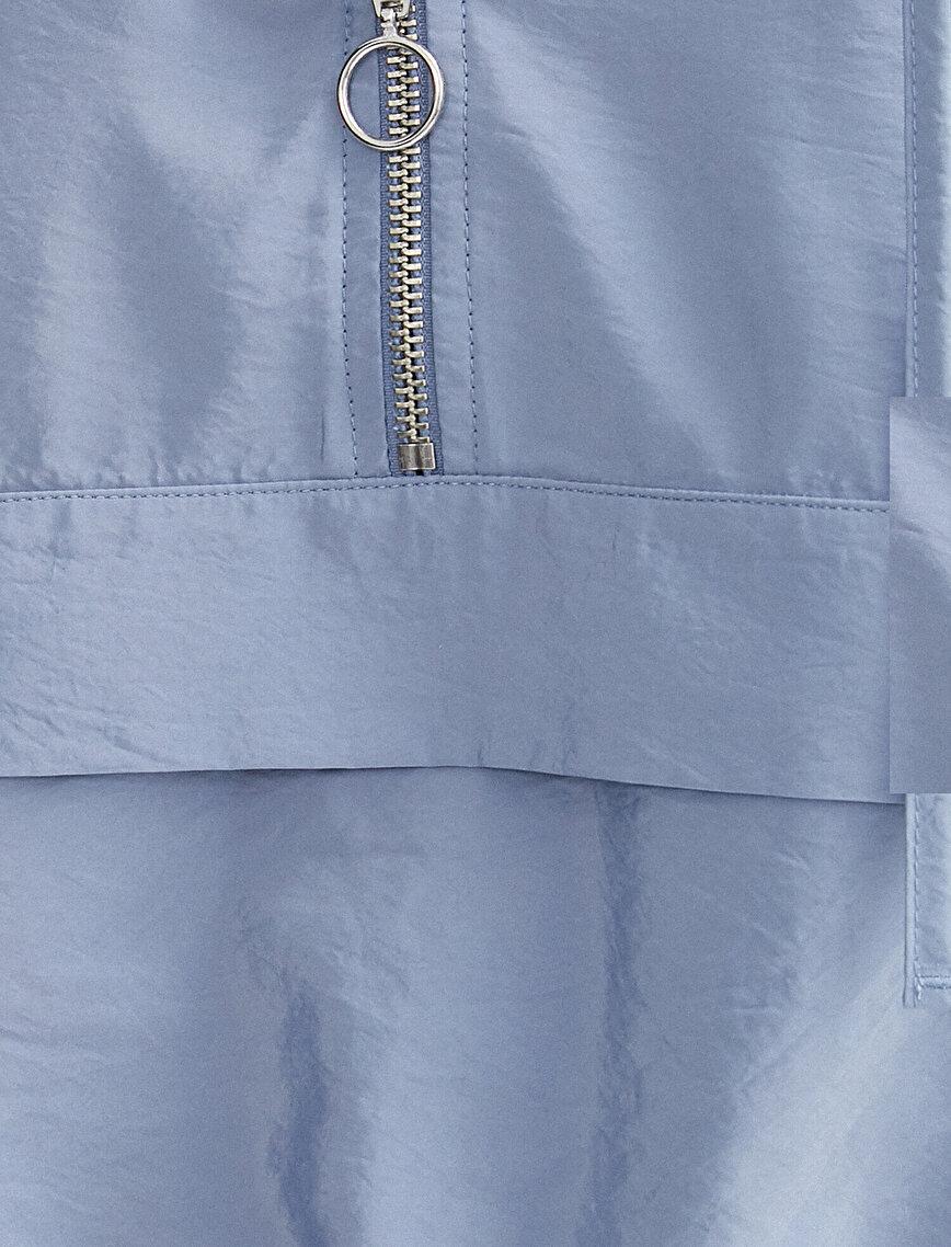 Uzun Kollu Fermuar Detaylı Crop Bluz