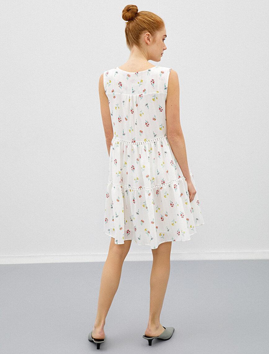 Çiçekli Elbise Kolsuz V Yaka Mini