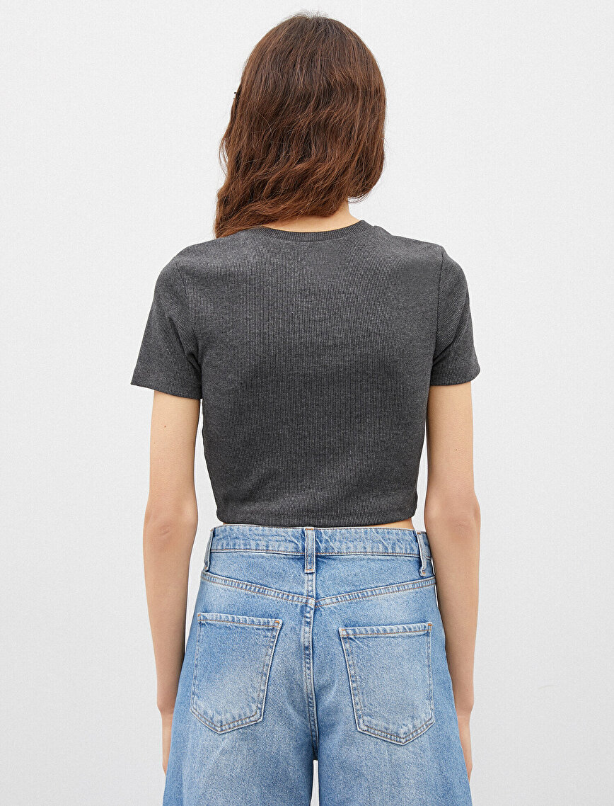 Crew Neck Short Sleeve Slim Crop T-Shirt