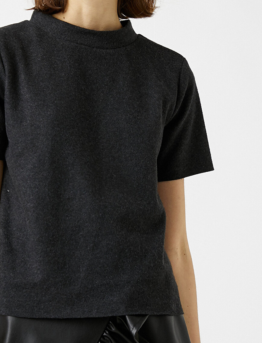 Stand Neck Short Sleeve T-Shirt