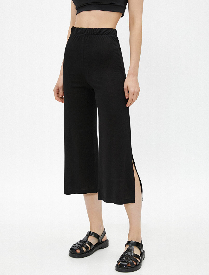 Slit Trousers Crop
