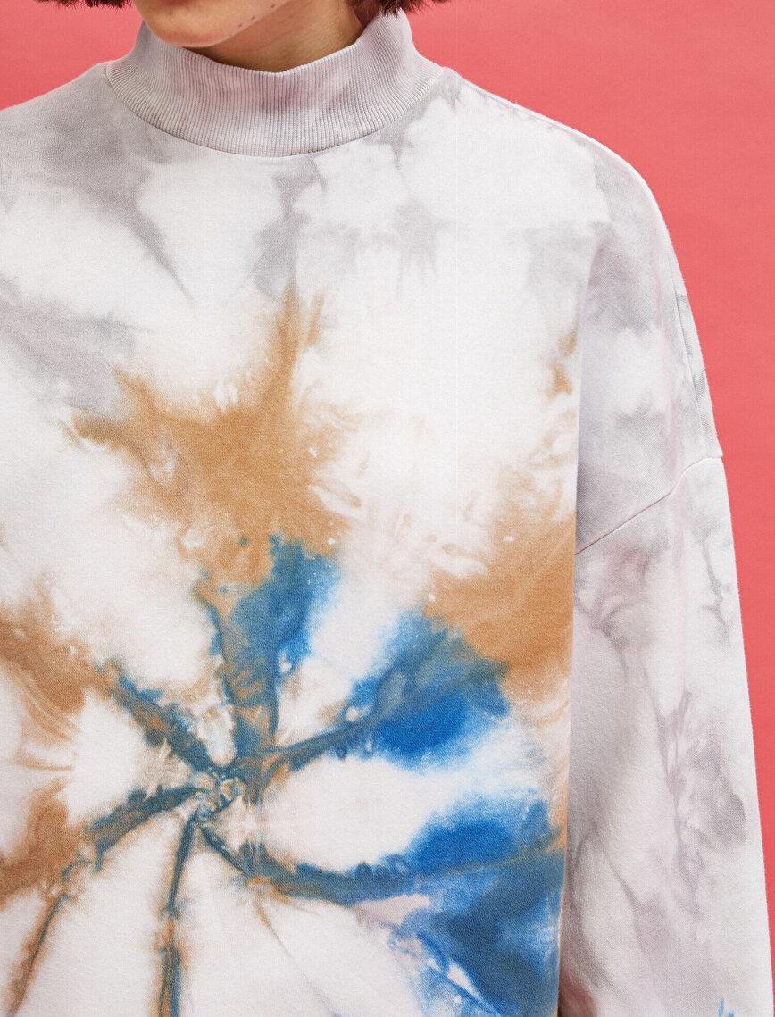 Cotton Stand Neck Batik Sweatshirt