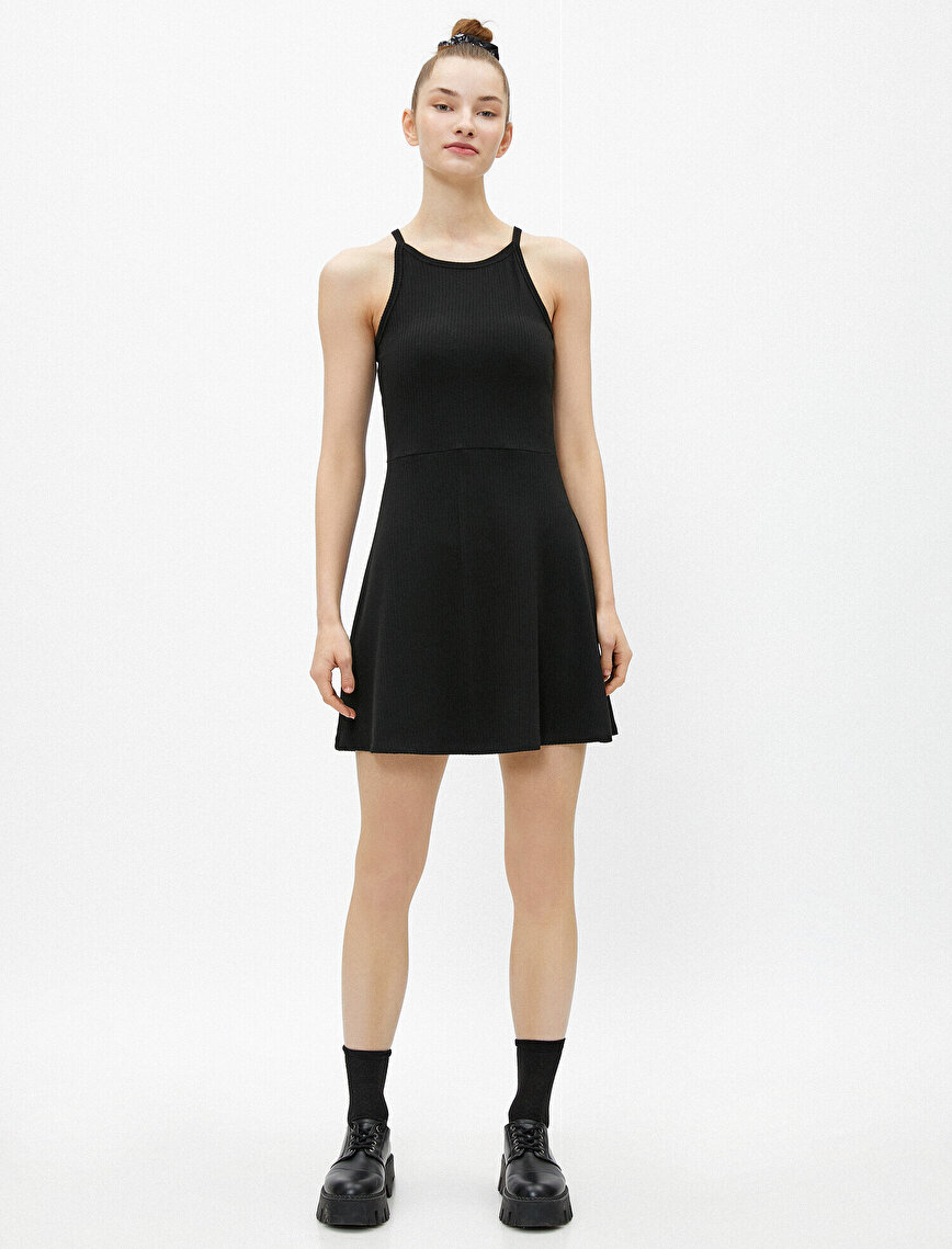 Sırt Detaylı Elbise Triko Mini