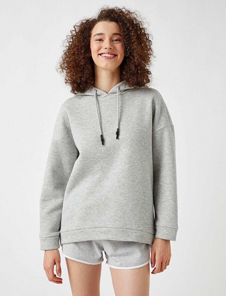 Kapüşonlu Sweatshirt Bağcık Detaylı