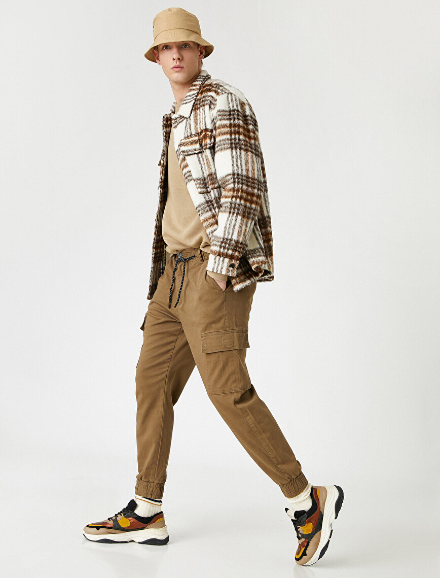 Tapered Fit Gabardine Cargo Trousers