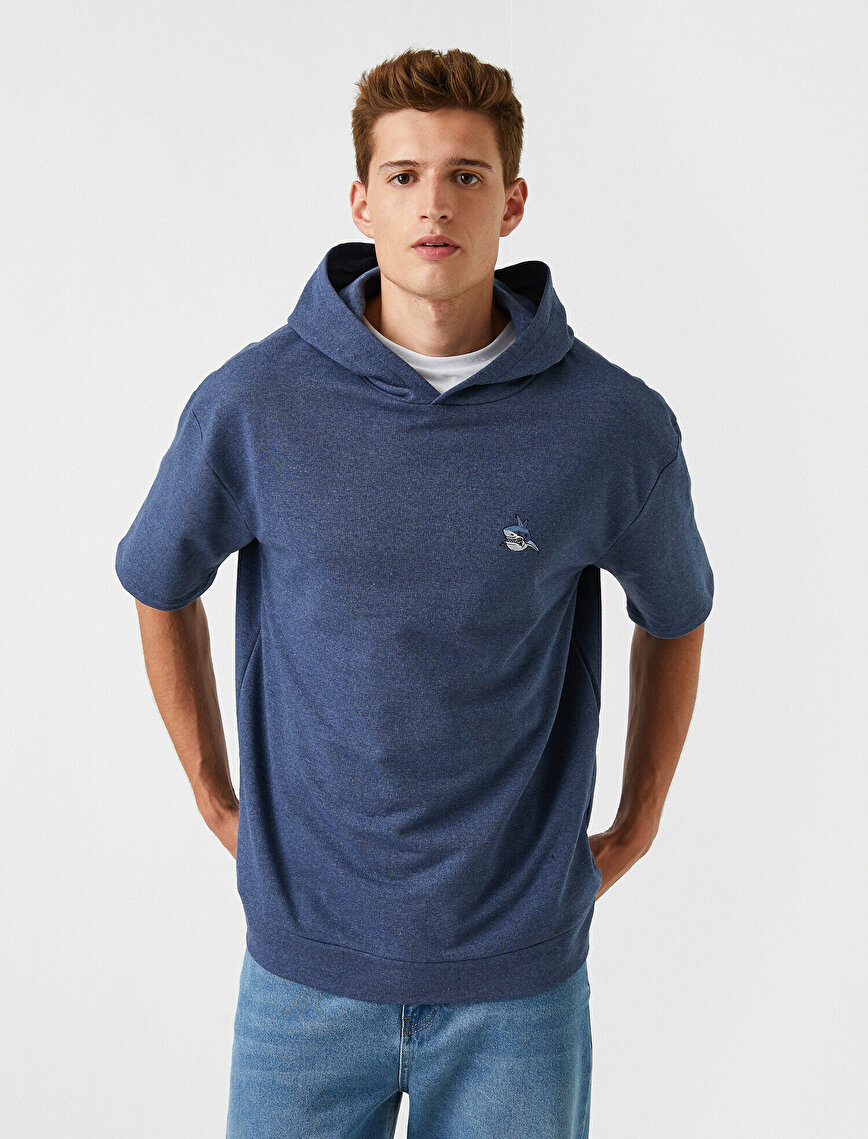 Kısa Kollu Sweatshirt İşlemeli