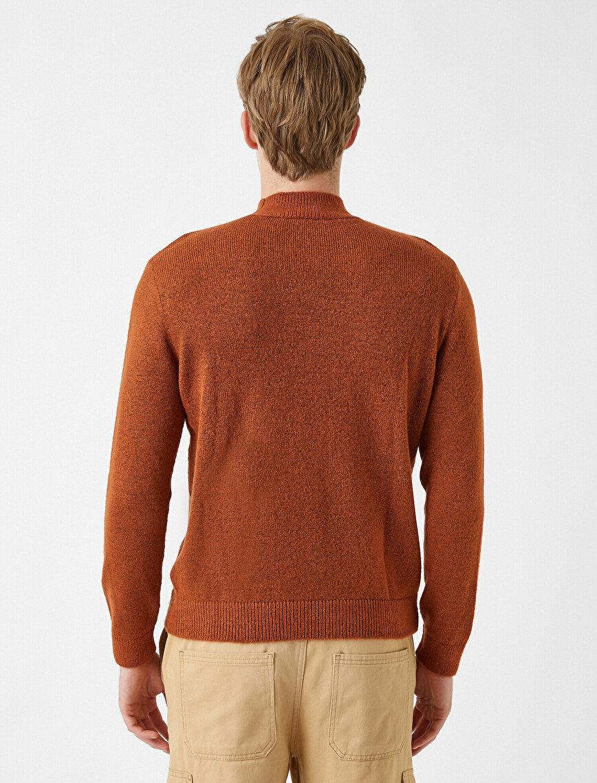 Turtleneck Basic Sweater