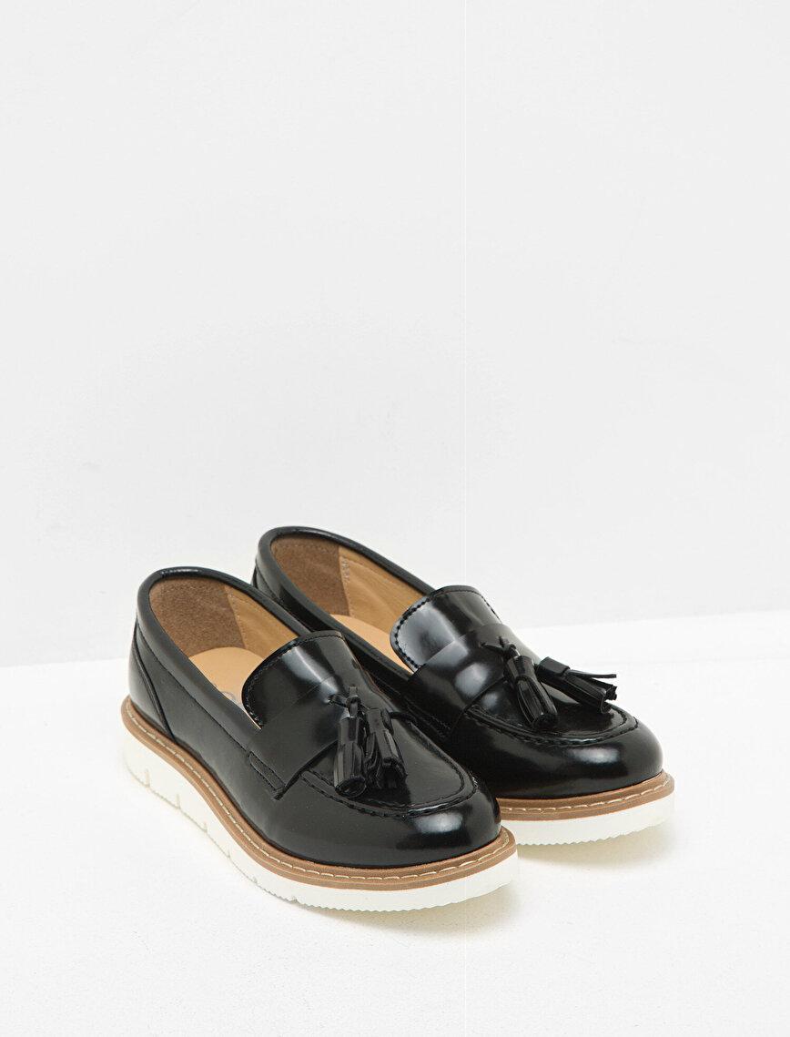 Fringe Detailed Loafers