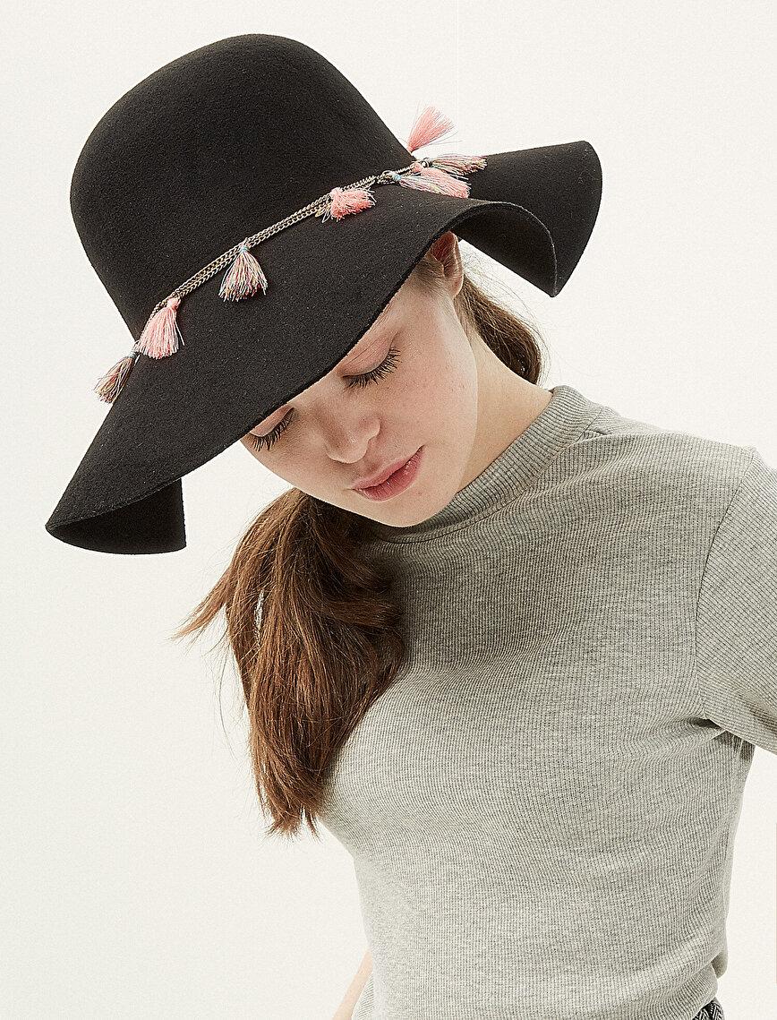 Tassel Detailed Hat