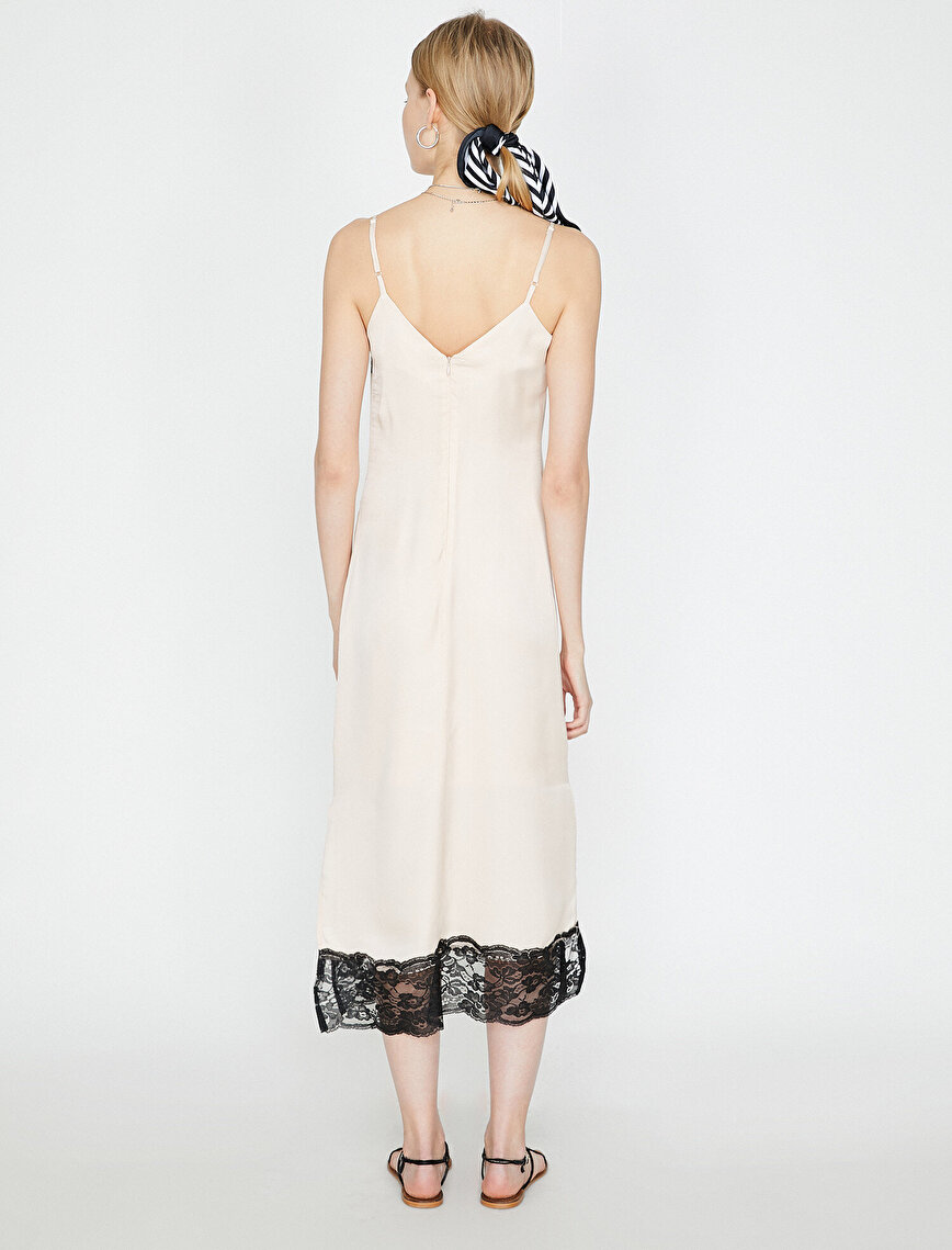 Lace Detailed Dresses