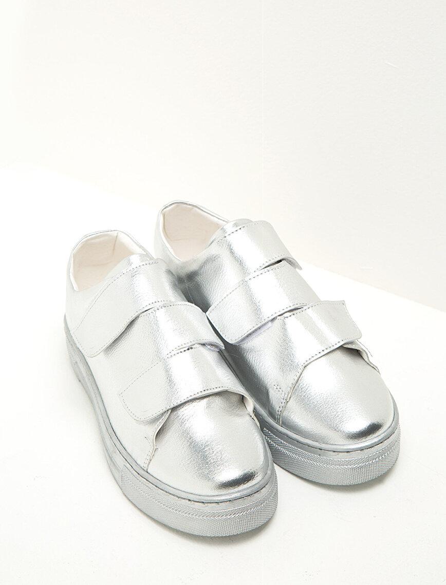 Bağcıksız Ayakkabı
