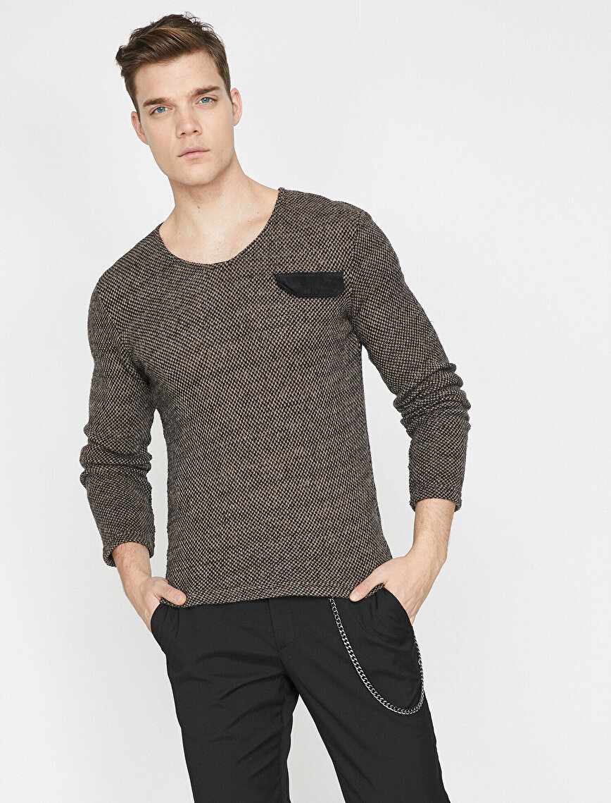 Pocket Detailed Jumper