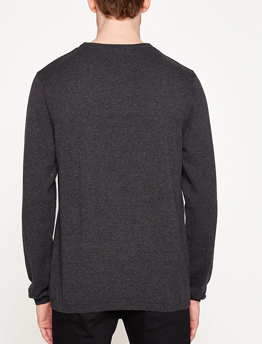Crew Neck Sweaters