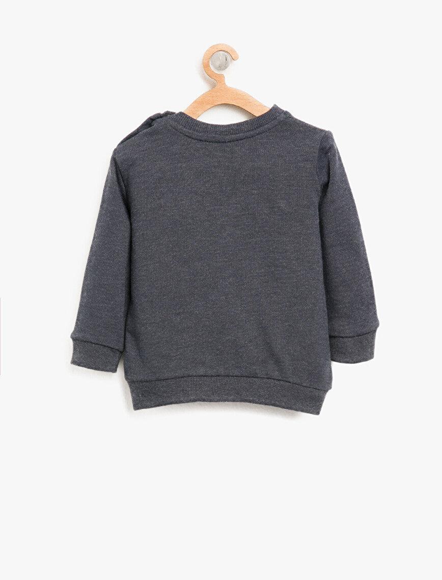 Embellished Sweatshirt1