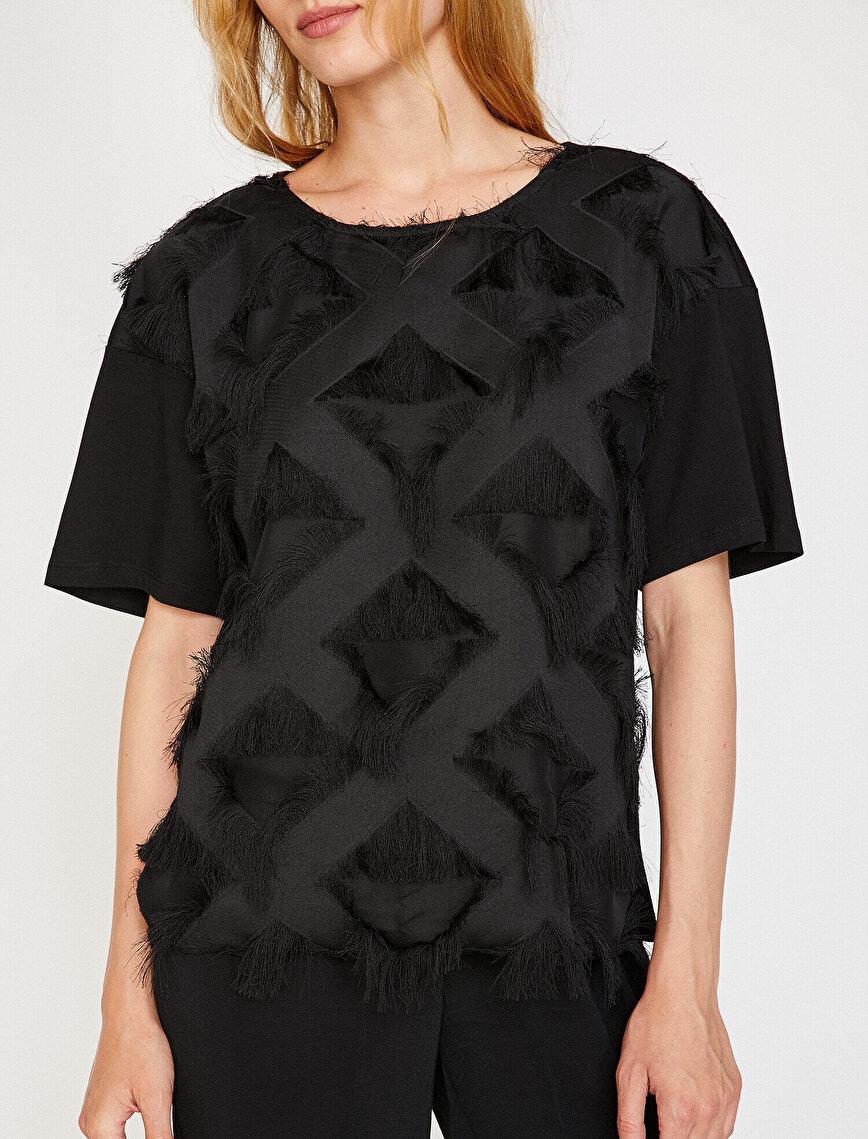 Suni Kürk Detaylı T-Shirt
