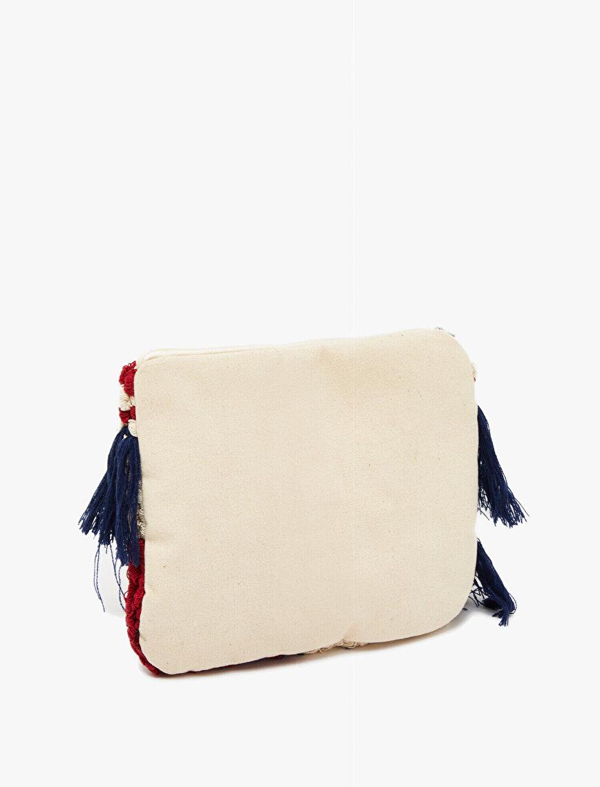 Püskül Detaylı Çanta
