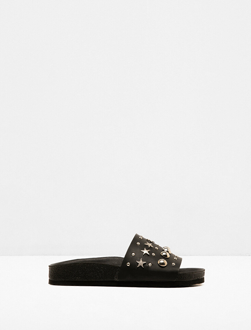 Stud Detailed Slipper