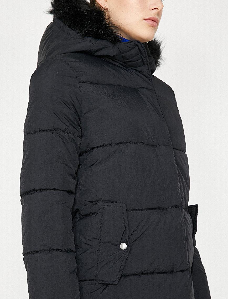 Faur Fux Detailed Coat